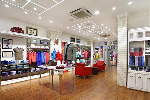 Thiết kế thi công nội thất Shop Showroom