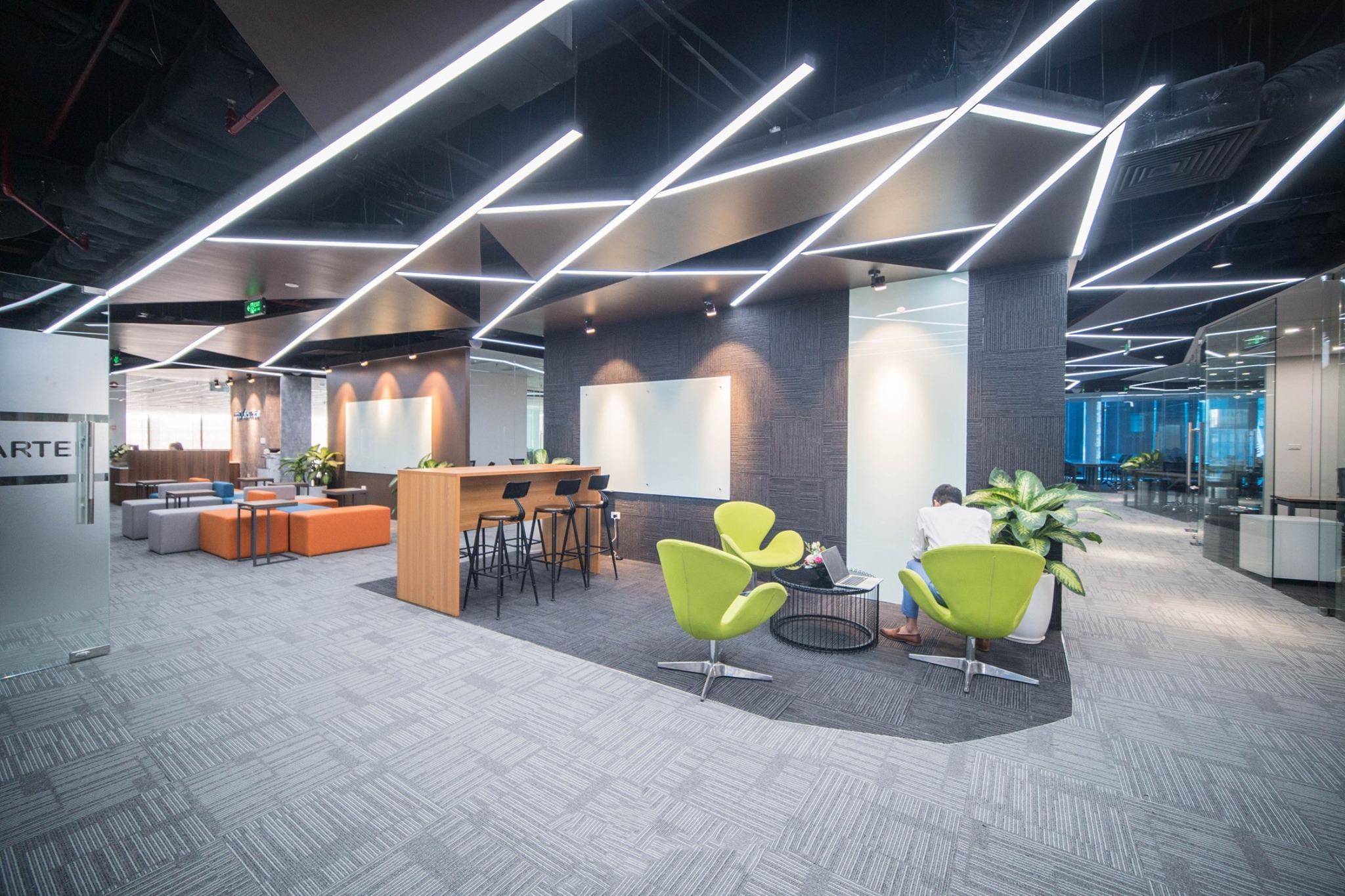 Không gian nội thất được thiết kế tinh tế từ ánh sang cho đến nội thất